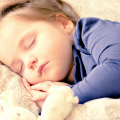 Moje dziecko WRESZCIE przesypia noce. Twoje też będzie!